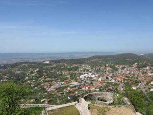 Blick auf Kruja Albanien von Skanderberg Burg
